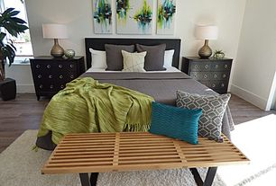 Modern Master Bedroom with Hardwood floors, High ceiling, Slat Bench in Natural, Surya Turner Green Throw - 50 x 60 in.