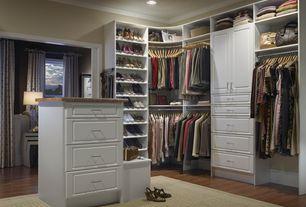 Closet with can lights, Built-in bookshelf, Laminate floors, Standard height, Crown molding