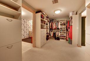 Traditional Closet with Standard height, Built-in bookshelf, Carpet, flush light