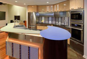 Modern Kitchen with Flush, European Cabinets, full backsplash, Kitchen island, Paint 1, dishwasher, electric cooktop