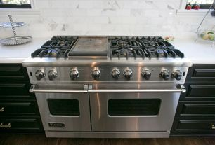 "Traditional Kitchen with Viking Professional 7 Series 48"" Gas Range VGR, Marble subway tile (3""x6"" tile)"