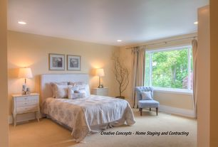 Traditional Master Bedroom with Casement, can lights, Standard height, Carpet