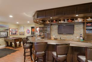 Traditional Bar with Standard height, can lights, Laminate floors