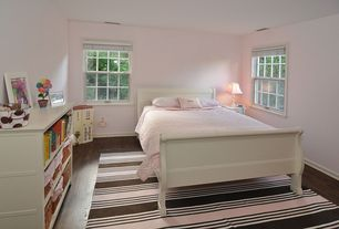 Country Kids Bedroom with Carpet, Bamboo floors