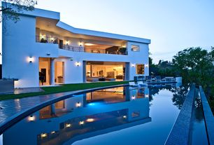 Modern Swimming Pool with Pathway, Infinity pool, exterior stone floors