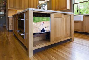 Craftsman Kitchen with Maple - Caramel 2 1/4 in. Solid Hardwood Strip