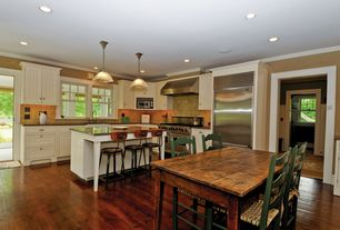 Cottage Kitchen with Breakfast bar, Inset cabinets, Crown molding, Breakfast nook, Soapstone counters, L-shaped