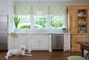 Traditional Kitchen with Simple Marble, One-wall, Undermount sink, Breakfast nook, Built In Refrigerator, Inset cabinets