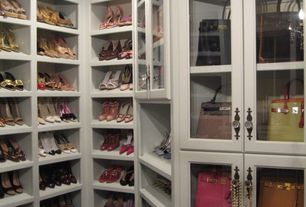 Traditional Closet with Carpet, Chandelier, can lights, Built-in bookshelf, Standard height