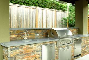 Traditional Patio with Fence, Outdoor kitchen