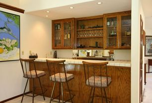 Craftsman Bar with can lights, Box ceiling, Standard height