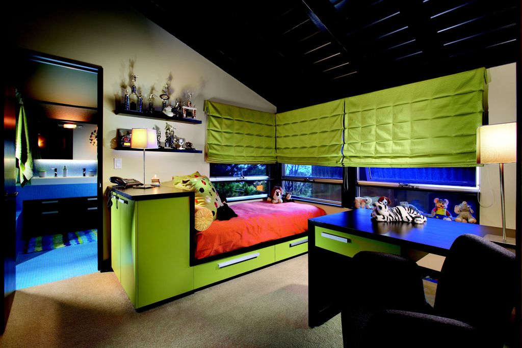 Modern Kids Bedroom with flat door, Built-in bookshelf, Standard height, double-hung window, no bedroom feature, Paint 2
