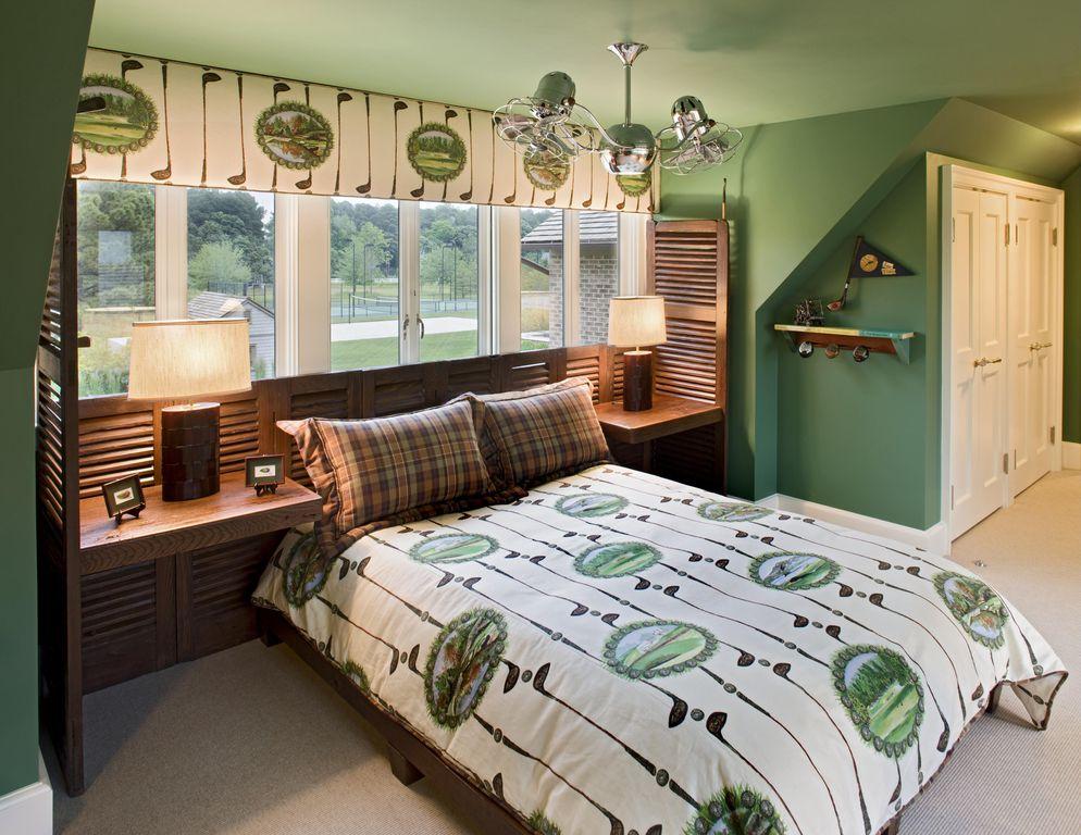 Craftsman Kids Bedroom with Standard height, Chandelier, Casement, Carpet, six panel door, Built-in bookshelf