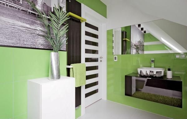 Tropical Full Bathroom