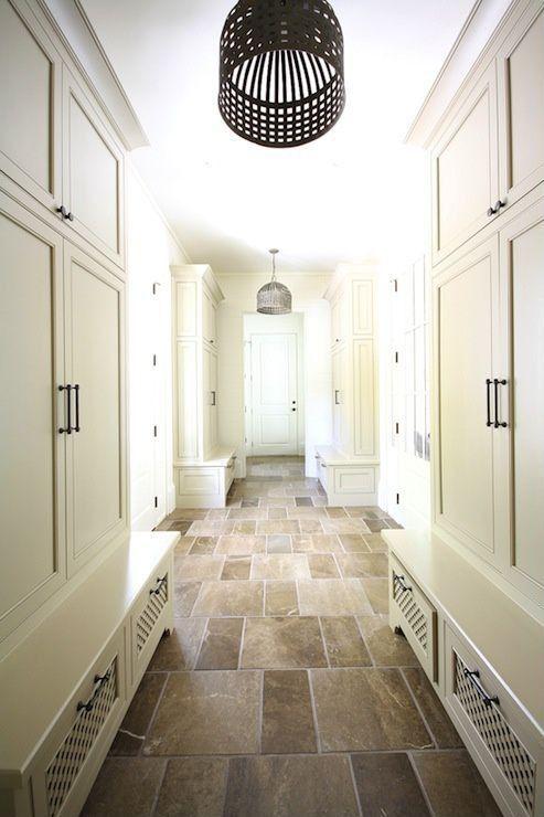 Traditional Mud Room with quartz tile floors, Pendant light, Built-in bookshelf, Hive's eye chandelier, Melbourne melton