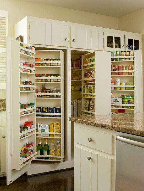 Traditional Pantry with Stainless steel dishwasher, Paint 1, Laminate floors, Standard height, Simple granite counters