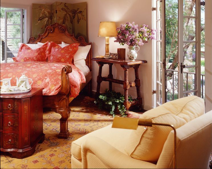Traditional Guest Bedroom with Carpet, Casement, French doors, High ceiling