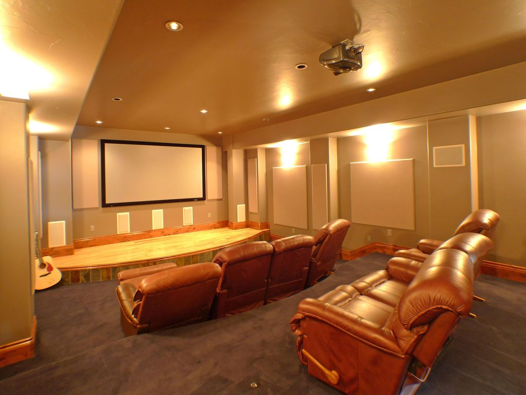 Contemporary Home Theater with Standard height, can lights, Carpet