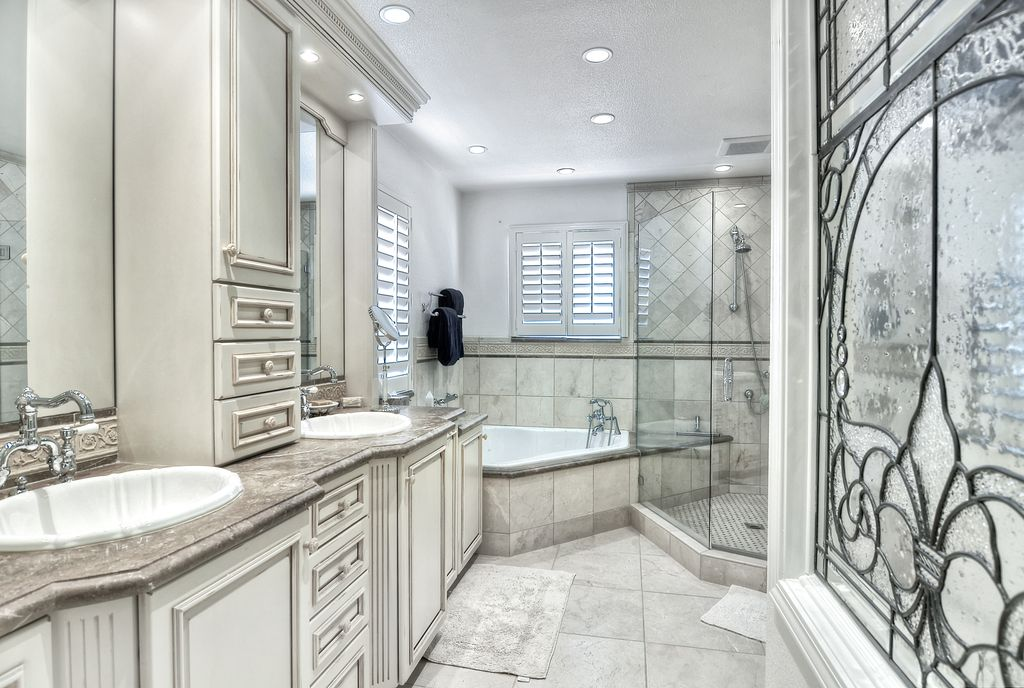 Traditional Master Bathroom with Bathtub, Shower, Standard height, can lights, Flat panel cabinets, frameless showerdoor