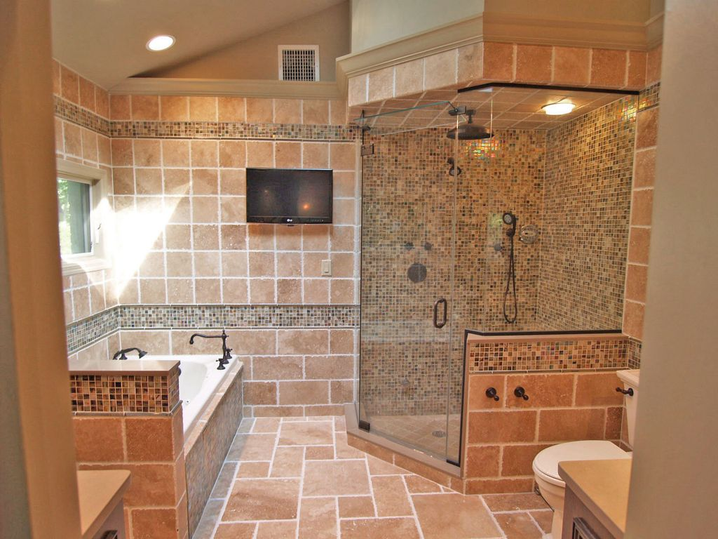 Eclectic Full Bathroom with Bathtub, Rain shower, Paint, frameless showerdoor, Standard height, Master bathroom, can lights
