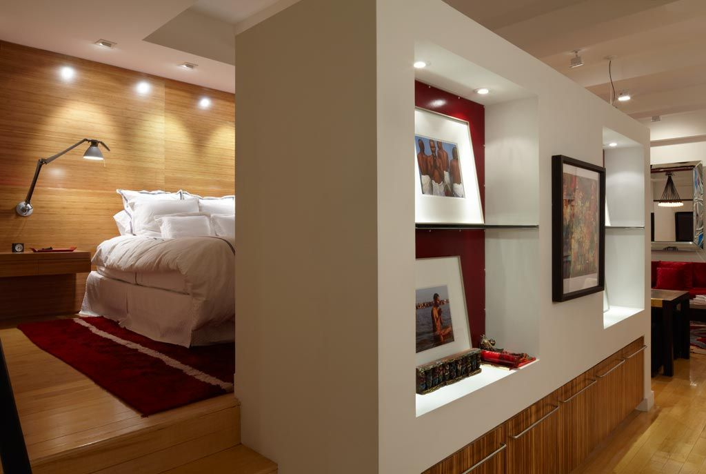 Contemporary Hallway with Laminate floors, Standard height, can lights, Built-in bookshelf