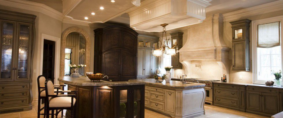 Mediterranean Kitchen with gas range, full backsplash, Custom hood, can lights, Simple granite counters, L-shaped, Casement