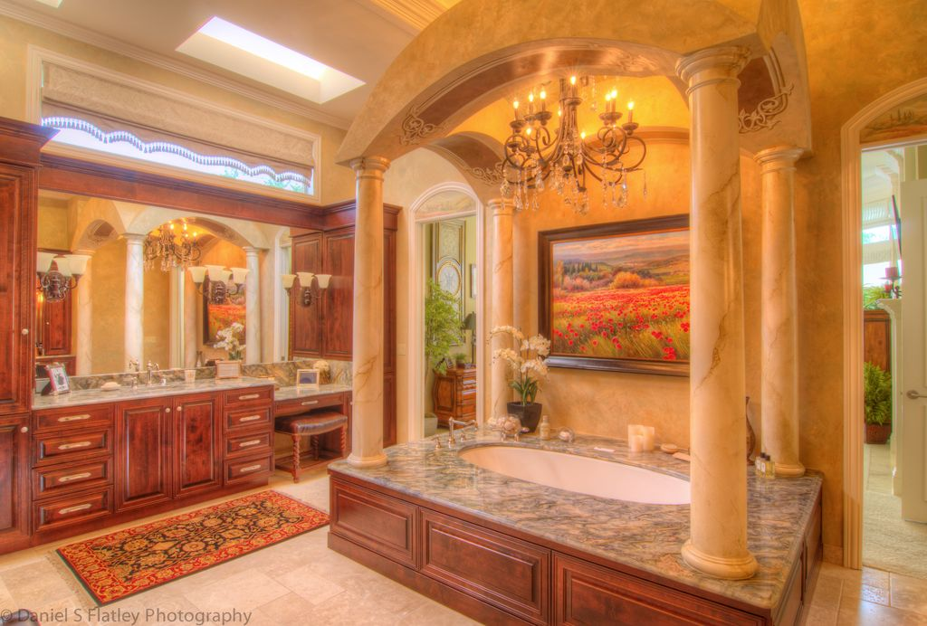 Mediterranean Master Bathroom with Crown molding, Framed Partial Panel, Simple Marble, Raised panel, High ceiling, Columns