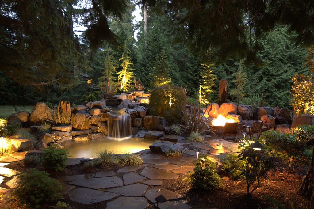 Great rustic landscape yard zillow digs for Garden lighting designs