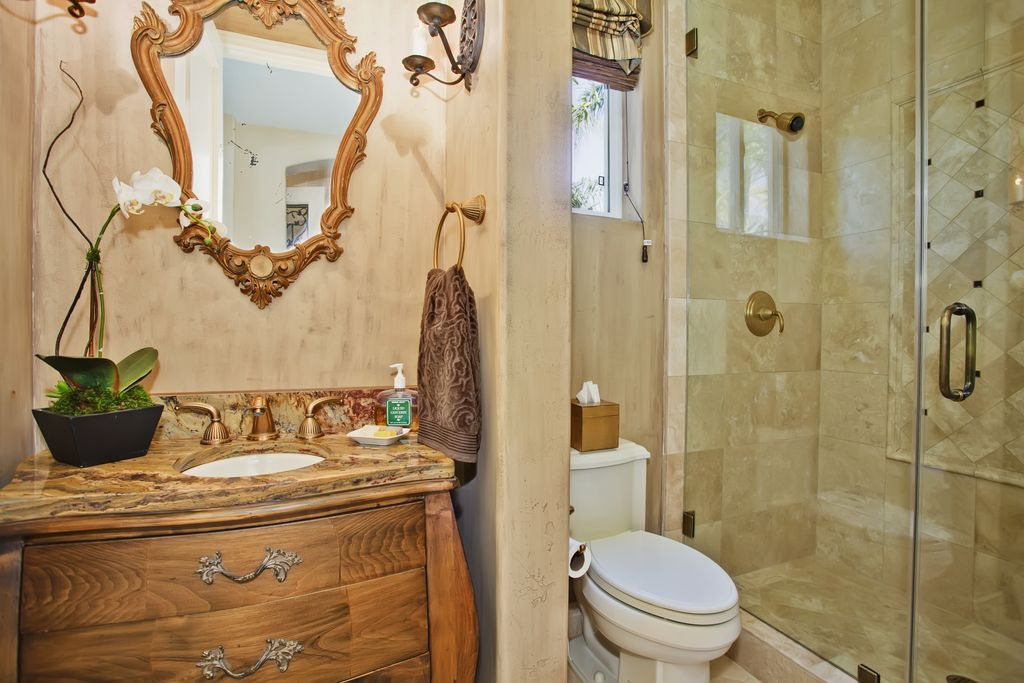 Eclectic 3/4 Bathroom with Flush, Standard height, partial backsplash, three quarter bath, Complex Granite, Shower, Casement