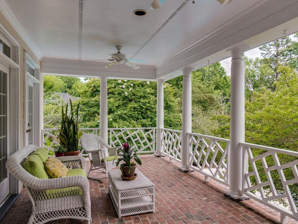 Traditional Porch with exterior brick floors, French doors, Deck Railing, Screened porch, Transom window
