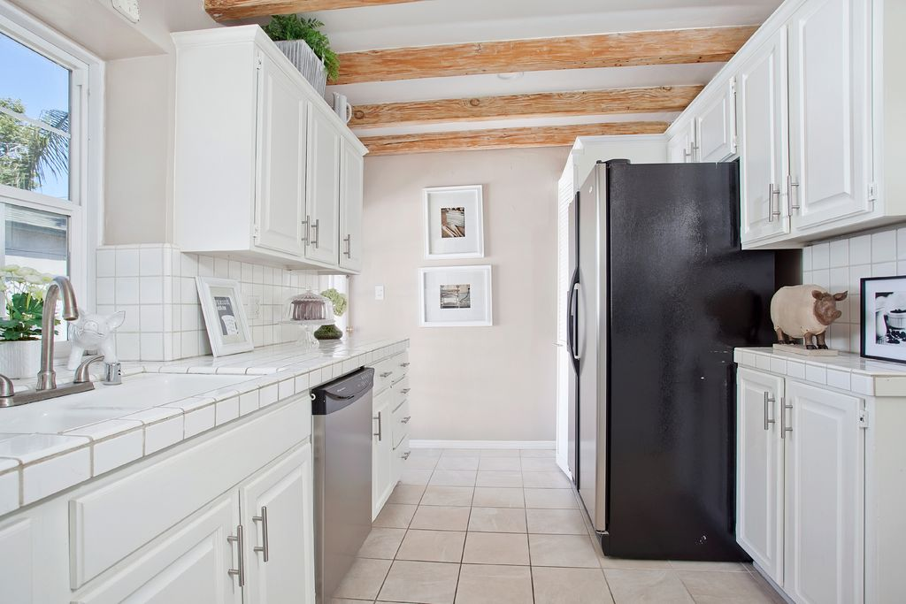 Cottage Kitchen With Galley By Chic By Design Llc Zillow Digs