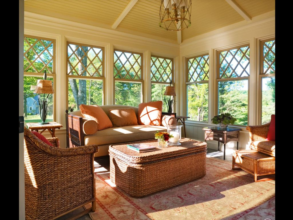 Traditional Porch with specialty window, Screened porch