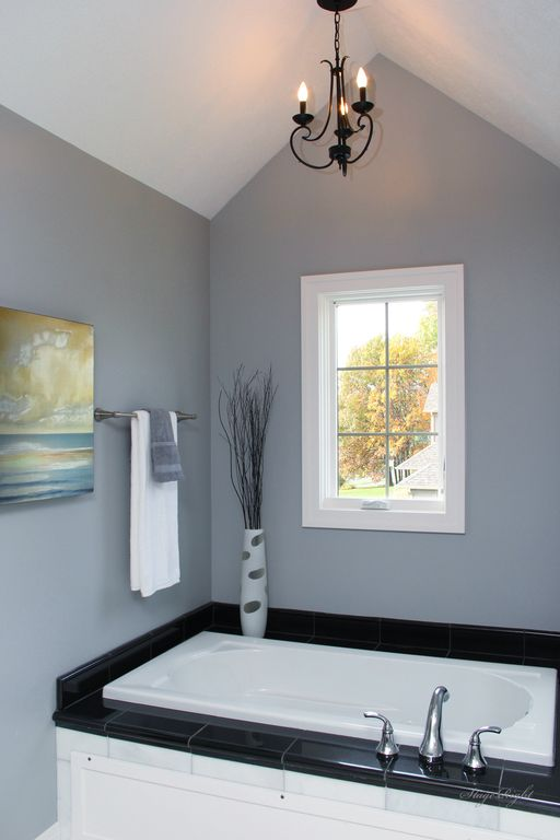 Traditional Master Bathroom with Bathtub, Casement, High ceiling, drop in bathtub, Master bathroom, Chandelier