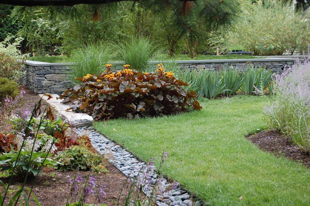 Cottage, Pathway, Raised Beds, Traditional