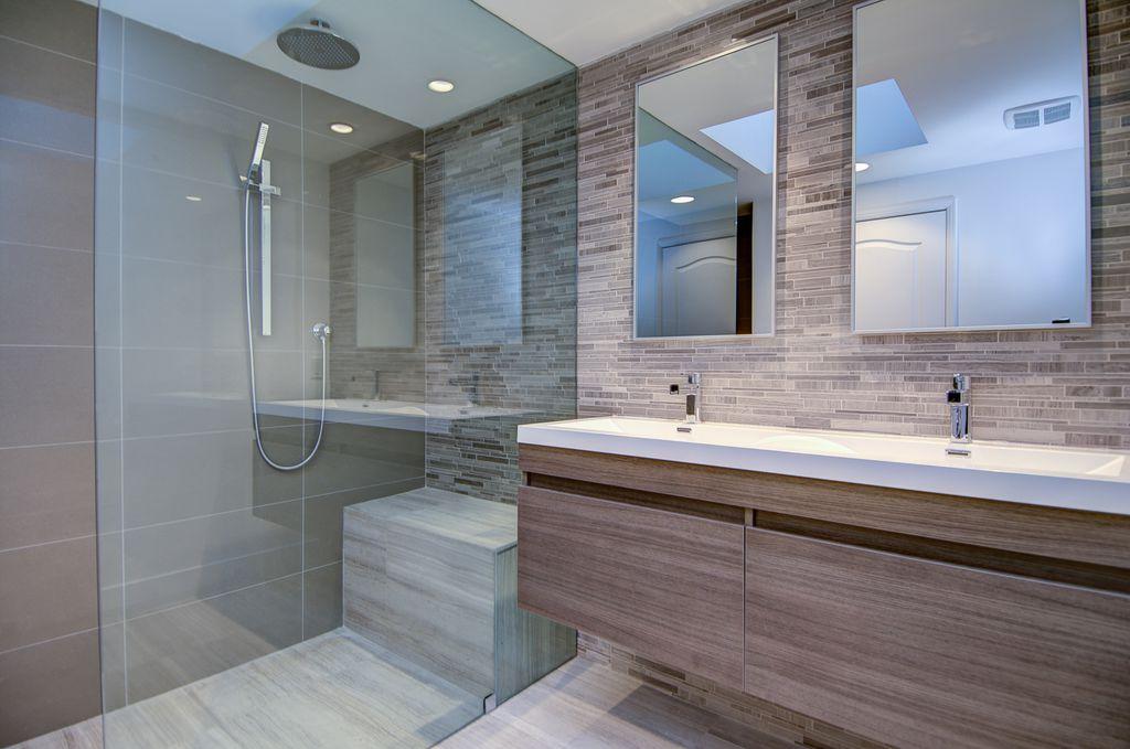 Contemporary Master Bathroom with Undermount sink, Pentalquartz eggshell bq240, Laminate floors, Ceramic Tile, Rain shower