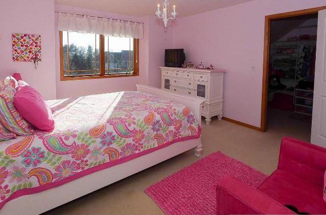 Traditional Kids Bedroom with Hampton bay- kristin 3-light hanging antique white mini-chandelier, Paisley bedspread, Carpet