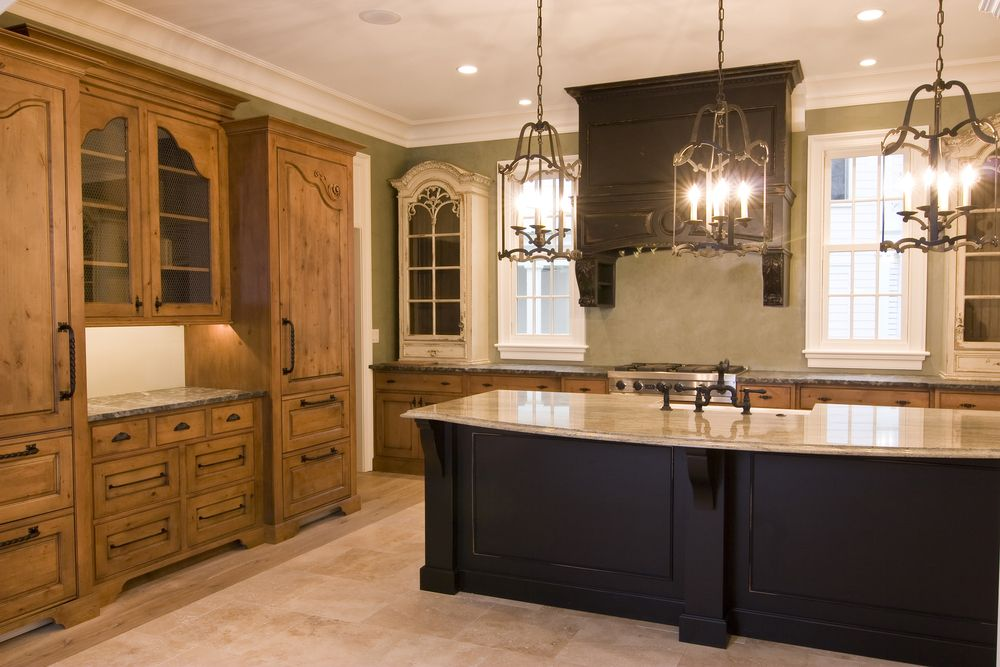 Traditional Kitchen with Inset cabinets, L-shaped, Crown molding, Standard height, can lights, European Cabinets, Custom hood