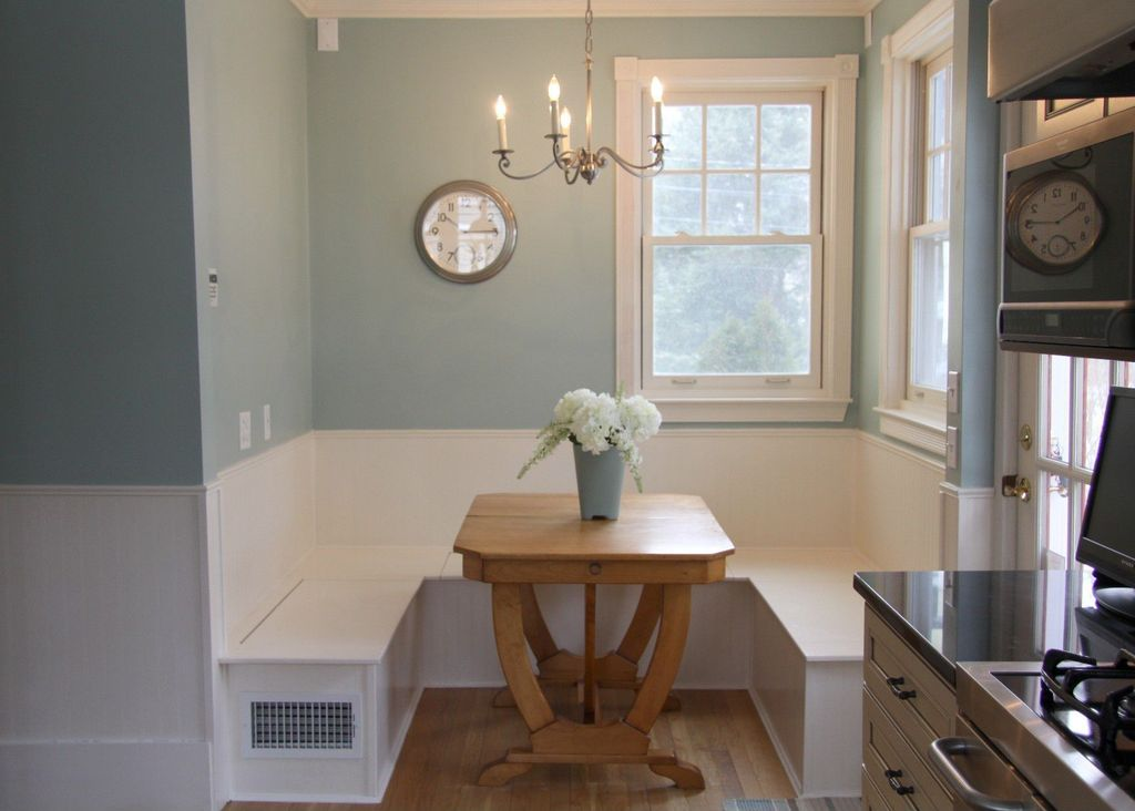 Cottage Dining Room with Casement, Raised panel, electric cooktop, Trestle table, Tms nook dining table, Hardwood floors