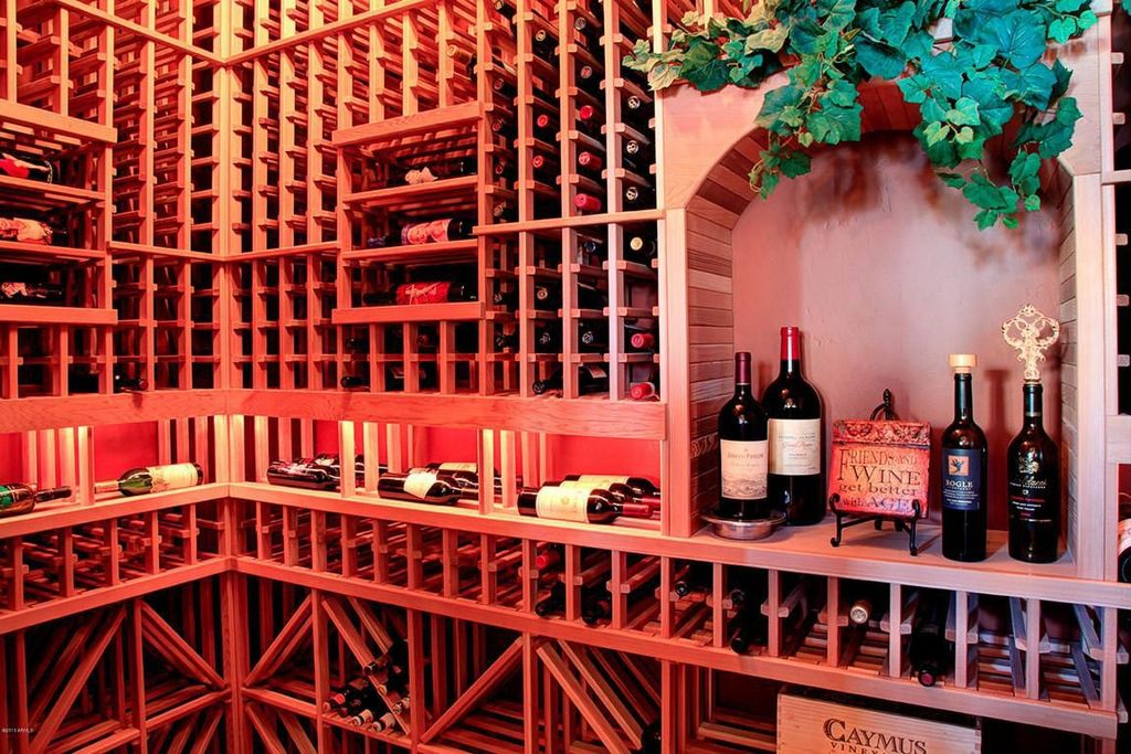 Contemporary Wine Cellar with Built-in bookshelf, Standard height