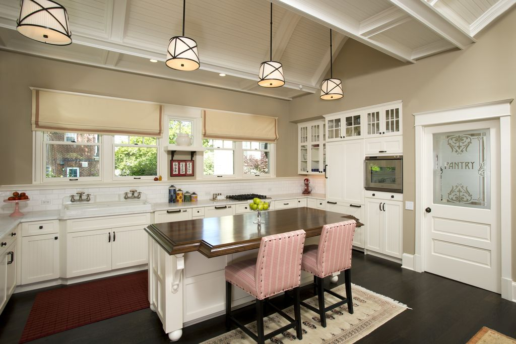 Traditional Kitchen with Hardwood floors, full backsplash, electric cooktop, High ceiling, Subway Tile, Glass panel, Paint