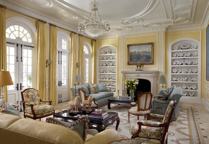 Arched, Built-in bookshelves/cabinets, Cement, Chandelier, Crown molding, French, Marble - simple, Normal (2.7m), Traditional, Wall sconce