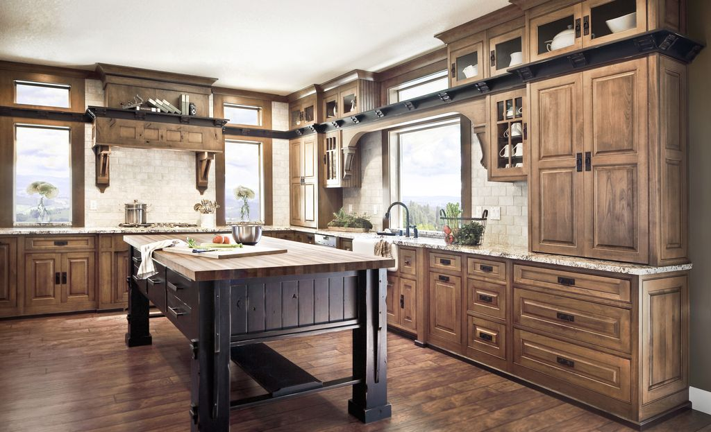 Country Kitchen with dishwasher, Limestone Tile, Casement, Standard height, Tumbled travertine floor and wall tile 3x6