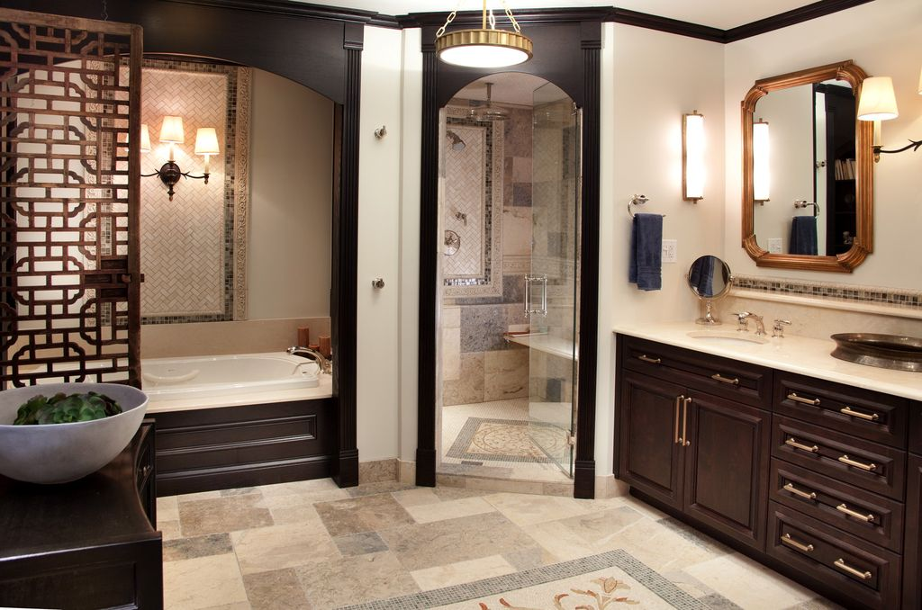 Traditional master bathroom with pendant light by lisa for Bathroom ideas zillow