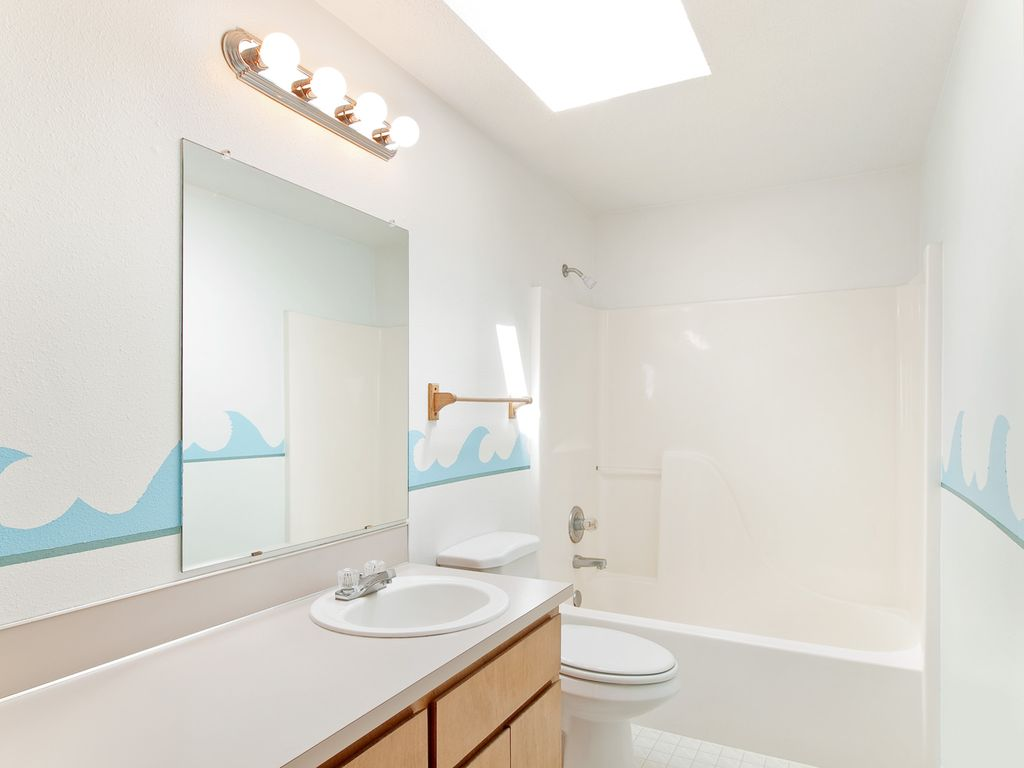 Modern Kids Bathroom With Drop In Sink By Mal Seitz