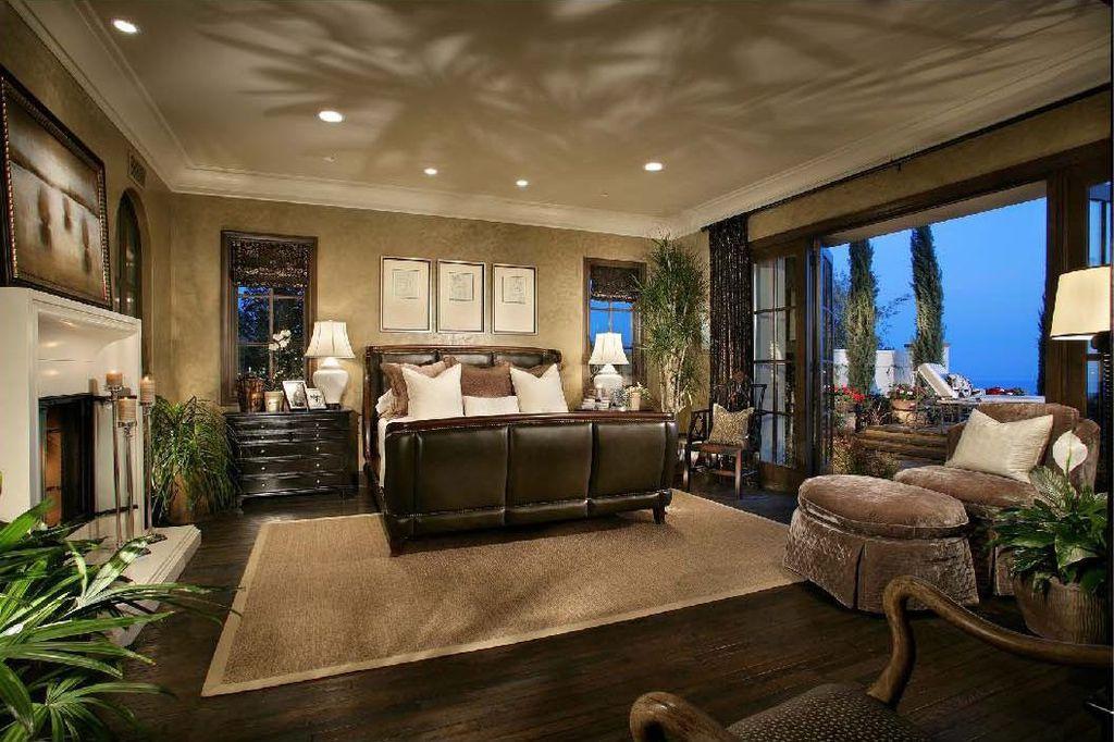 Wood Vs Carpet In Master Bedroom Vidalondon