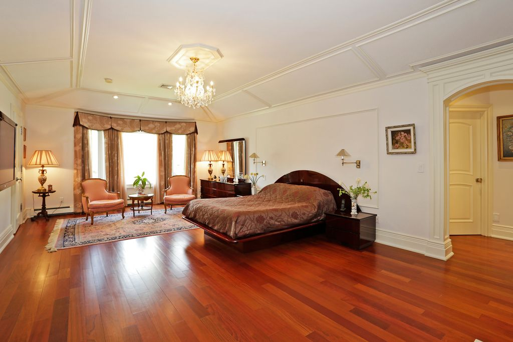 Traditional Master Bedroom With Cathedral Ceiling Chandelier In Short Hills Nj Zillow Digs