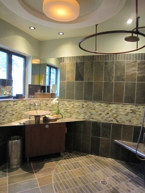 Contemporary 3/4 Bathroom with Wall Tiles, Arizona tile, RUSTIC GOLD, Slate, can lights, Vessel sink, Paint, flush light