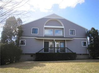 1402 Mill Pond Dr Unit 1402, South Windsor CT