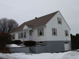 435 Cutts Ave , Portsmouth NH