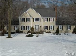 45 Stonehedge Ln , Monroe CT